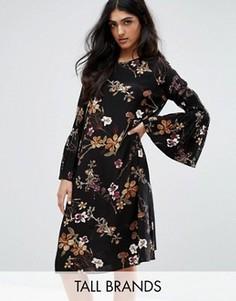 Платье с цветочным принтом и рукавами клеш Y.A.S Tall Canto - Мульти