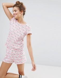 Пижамный комплект с шортами и принтом леопарда Monki - Розовый