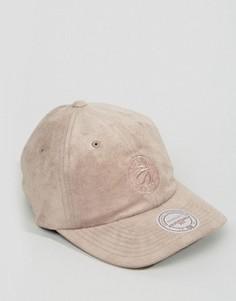 Регулируемая кепка из искусственной замши Mitchell & Ness Toronto Raptors - Серый