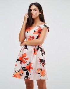 Платье с широким вырезом и цветочным принтом Wal G - Мульти