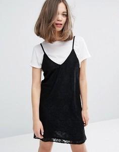 Кружевное платье мини на бретельках Monki - Черный