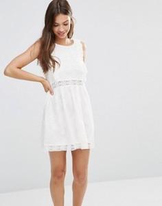 Короткое приталенное платье из кружева Minkpink - Белый