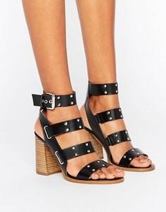Кожаные сандалии с заклепками ASOS TRIUMPHANT - Черный