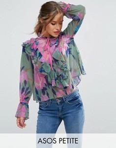 Блузка с цветочным принтом и рюшами спереди ASOS PETITE - Мульти