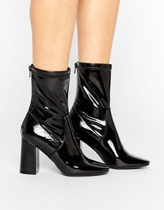 Лакированные полусапожки на каблуке New Look - Черный