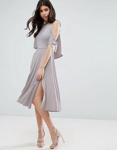 Струящееся платье миди с разрезами на подоле и открытыми плечами ASOS - Серый