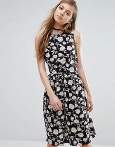 Платье с цветочным принтом Trollied Dolly - Черный