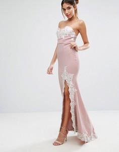 Платье-бандо макси с кружевной отделкой и разрезом Love Triangle - Розовый