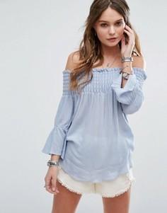 Топ с открытыми плечами и расклешенными рукавами Glamorous - Синий