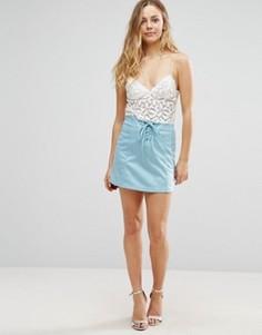 Мини-юбка из искусственной замши со шнуровкой Glamorous - Синий