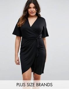Платье с запахом и завязкой на талии Club L Plus - Черный