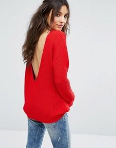 Джемпер в рубчик с V-образным вырезом на спине Glamorous - Красный