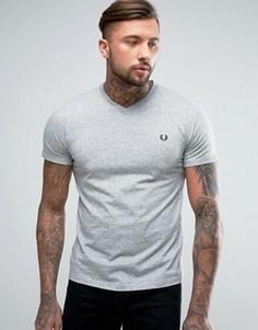 Серая меланжевая футболка с V-образным вырезом и логотипом Fred Perry - Серый