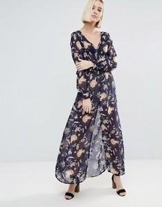 Платье с длинными рукавами, принтом и разрезом Brave Soul - Мульти