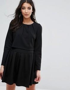 Короткое приталенное платье d.RA Alexa - Черный
