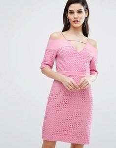 Кружевное платье миди с вырезами на плечах The 8th Sign - Розовый