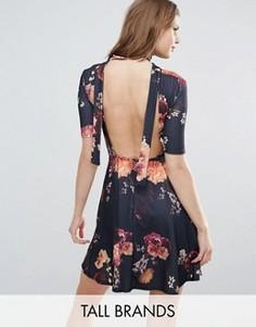 Чайное платье с открытой спиной и цветочным принтом Oh My Love Tall - Черный