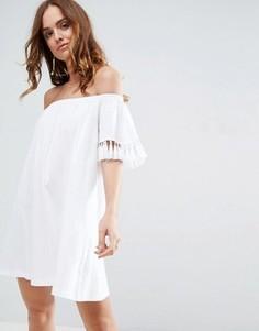 Сарафан с открытыми плечами и декоративными кисточками ASOS - Белый
