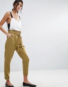 Льняные брюки со сборками на талии и поясом ASOS - Зеленый