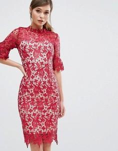Кружевное платье-футляр с рукавами клеш Paper Dolls - Красный
