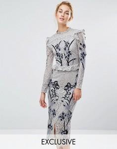 Кружевное платье миди с вышивкой Hope & Ivy - Серый