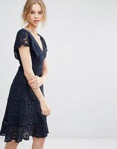 Кружевное платье миди с глубоким V-образным вырезом Foxiedox - Темно-синий