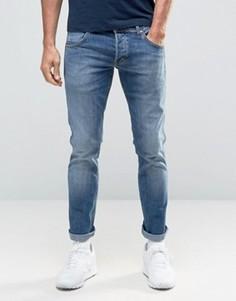 Зауженные джинсы с низкой талией Wrangler - Синий