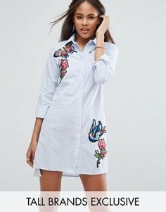 Платье-рубашка в тонкую полоску с вышивкой Glamorous Tall - Мульти