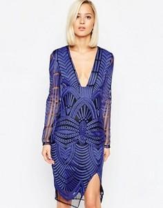 Платье миди с вышивкой и глубоким вырезом Lavish Alice - Синий