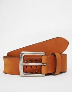 Светло-коричневый кожаный ремень с заклепками в винтажном стиле ASOS - Рыжий