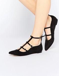 Туфли с заостренным носком и ремешками Truffle Collection Nicky - Черный