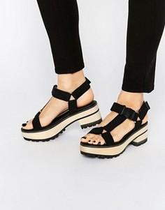 Черные сандалии на каблуке Eeight Valentina - Черный