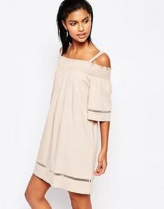 Платье с открытыми плечами Moon River - Розовый