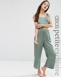 Атласные брюки с широкими штанинами эксклюзивно для ASOS PETITE - Зеленый