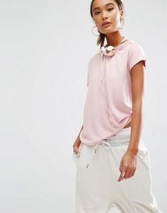 Свободная футболка с состаренной горловиной Daisy Street - Розовый