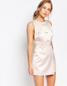 Цельнокройное платье с декоративной отделкой Keepsake - Розовый