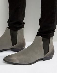 Серые замшевые ботинки челси с острым носком ASOS - Серый