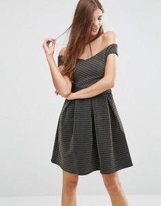 Короткое приталенное платье с открытыми плечами Girls On Film - Золотой