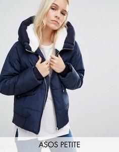 Дутая куртка с искусственным мехом и вязаной отделкой ASOS PETITE - Темно-синий