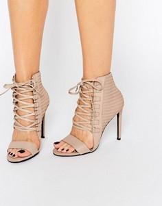Кожаные сандалии на каблуке с люверсами и шнуровкой Senso - Бежевый