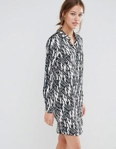 Платье-рубашка с принтом икат Just Female - Синий