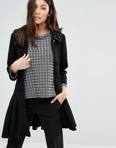 Пальто на пуговицах с баской по краю Unique 21 - Черный