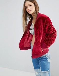 Бархатная стеганая куртка-пилот Boohoo - Красный