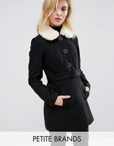 Пальто с завязкой и искусственным меховым воротником Miss Selfridge Petite - Черный