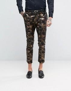 Супероблегающие брюки под смокинг с камуфляжным принтом бронзового цвета ASOS - Золотой