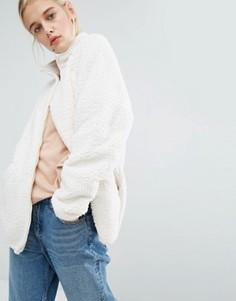 Флисовая куртка Monki - Белый
