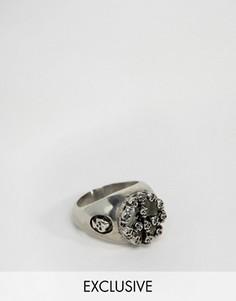 Серебристое кольцо с отделкой из черепов Reclaimed Vintage - Серебряный
