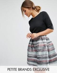 Короткое приталенное платье 2-в-1 с жаккардовой юбкой Little Mistress Petite - Мульти