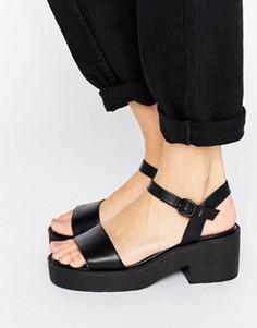 Массивные сандалии на низком блочном каблуке London Rebel - Черный