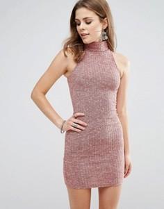 Облегающее платье без рукавов с высоким воротом Glamorous - Красный